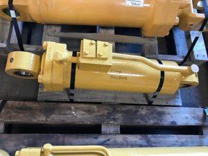 CAT R1300 Steer Cylinder 154-6907