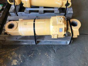 CAT R1300 Tilt Cylinder 154-6904